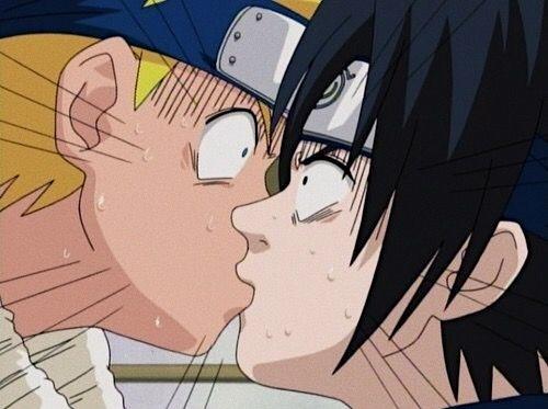 Красивые картинки аниме, где персонажи целуются (11)